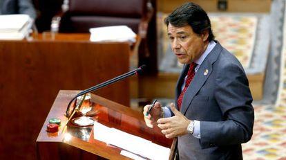González interviene en el debate del estado de la región del año pasado.