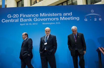 Bernanke se dirigía la semana pasada a la reunión de ministros y banqueros centrales del G-20 en Washington
