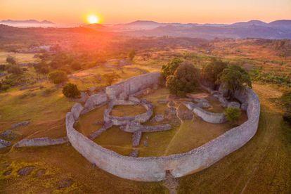 Vista aérea de la ciudad del Gran Zimbabue.