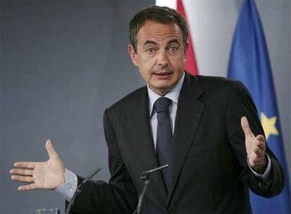 Zapatero, en la rueda de prensa que ha ofrecido hoy en La Moncloa.