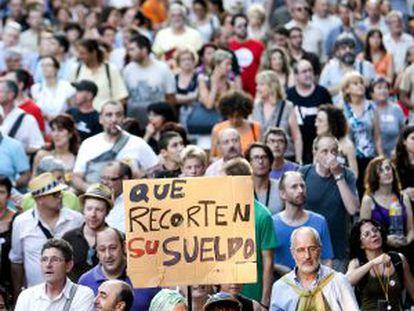 Manifestación contra los recortes del Gobierno central celebrada en Barcelona el 19 de julio.