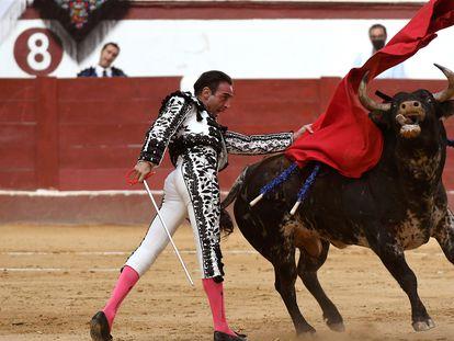 Enrique Ponce, en su última corrida antes de anunciar su retirada, el domingo pasado en León.