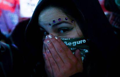 Partidaria del aborto legal en la manifestación del 8 de agosto en Buenos Aires.