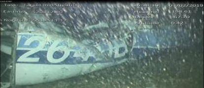 Los restos del avión en el que viajaban Emiliano Sala.