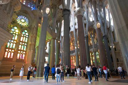 La Sagrada Familia sigue, por ahora, con un aforo reducido a un máximo de 500 visitantes por hora.