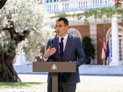 El presidente del Gobierno, Pedro Sánchez, este jueves en La Moncloa, tras la firma de un acuerdo sobre las pensiones.