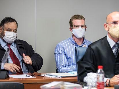 El padre de los niños asesinados, el día que comenzó el juicio en la Audiencia de Valencia.