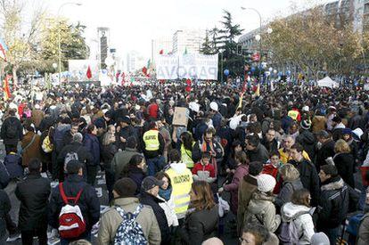 Imagen general de los asistentes al encuentro de las familias cristianas convocado hoy en Madrid por el arzobispo y cardenal Rouco