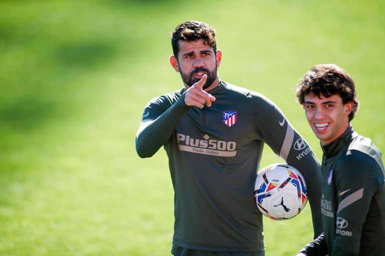 Diego Costa and João Félix during Atlético's last training session prior to the game with Barcelona this Saturday in Madrid.