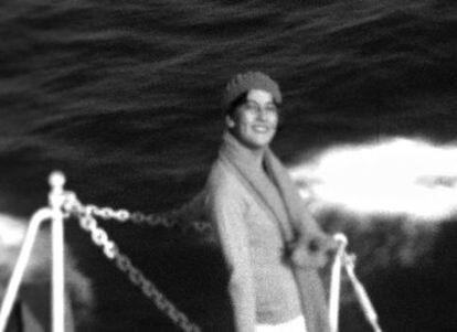 Alicia Calles, abuela de la cineasta, en una filmación casera de su luna de miel en 1928