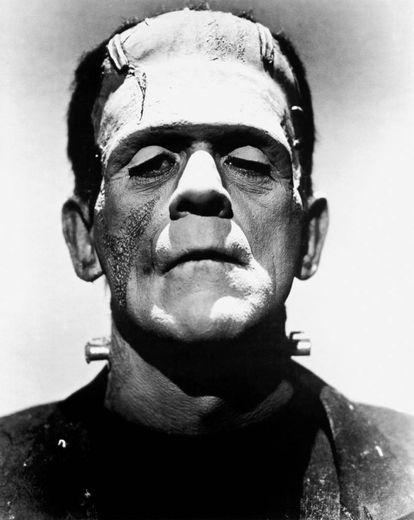 Boris Karloff como la criatura de Frankenstein.