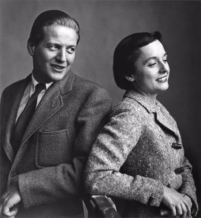 Antes de casarse en 1946, Hans y Florence Knoll cambiaron el nombre de la compañía (hasta entonces Hans Knoll) a Knoll Associates. |