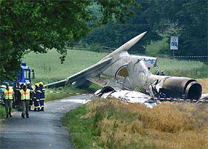 Restos del fuselaje del Tupolev 154 que chocó sobre Alemania con un Boeing 757 en julio de 2002.