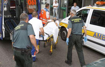 Llegada al hospital de Montecelo de David Oubel, el presunto asesino de sus hijas.