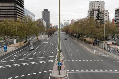 Paseo de la Castellana de Madrid, el jueves, prácticamente vacío.