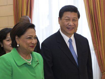La primera ministra de Trinidad y Tobago y el presidente chino.