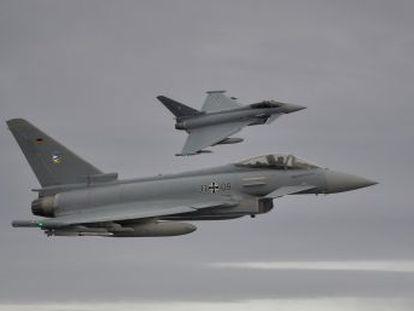 El otro aviador ha sobrevivido al choque de los aviones de combate ocurrido en el noroeste del país