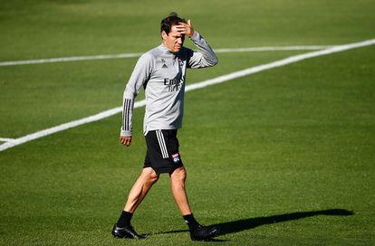 Rudi García, durante el último entrenamiento del Lyon previo al partido de sesmifinales de la Champions ante el Bayern de Múnich. / (AFP)