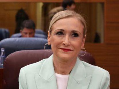 La cúpula de la Universidad pública madrileña da un giro en su intervención tras respaldar inicialmente el expediente académico de la presidenta regional
