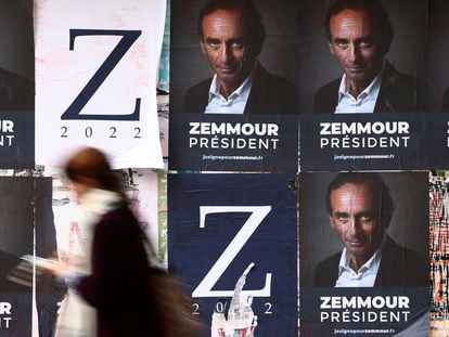 Carteles electorales de Eric Zemmour, candidato de la ultraderecha francesa.