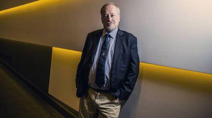 Ross Anderson, profesor de Ingeniería de la Seguridad en la Universidad de Cambridge, en el auditorio de la Fundacion Ramón Areces (Madrid).