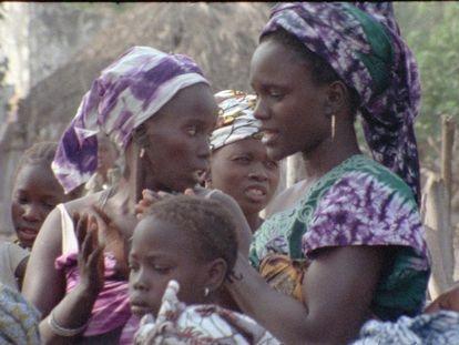 Fotograma de 'Fad'jal', película de Safi Faye.