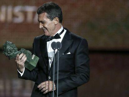 Antonio Banderas tras recoger el Goya al mejor actor.