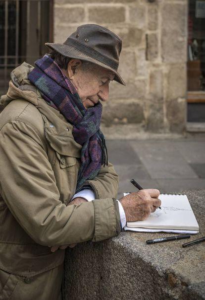 Peridis dibujando en Segovia.