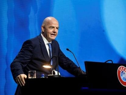 El presidente de la FIFA, el suizo Gianni Infantino, durante el Congreso de la UEFA celebrado este martes. / (REUTERS)