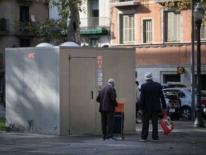Lavabo público en Pla de Palau, Barcelona