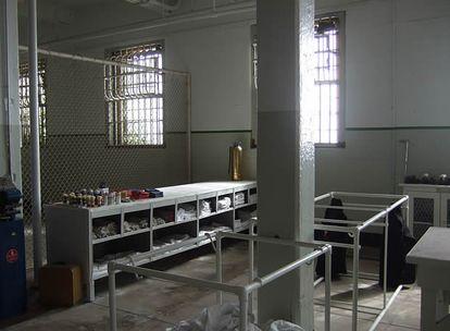 Las duchas. Cuando ingresaban en la prisión los presos recibían ropa de cama, un uniforme y una pastilla de jabón