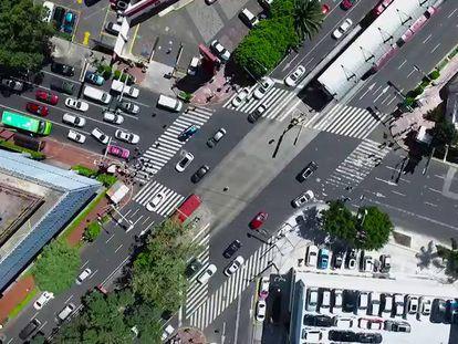 El deporte extremo de cruzar las calles en la Ciudad de México