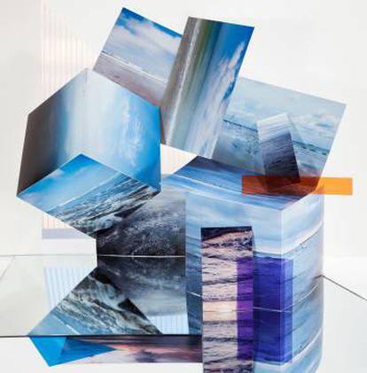 Beaches, 2014, de la serie Landscape Sublime, 2013. Puede verse en When Images Collide. Wilhelm Hack Museum, Ludwigshafe.