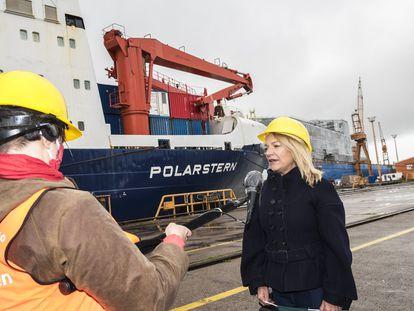 Antje Boetius, investigadora polar y directora del Instituto alemán Alfred-Wegener, en el puerto de Bremerhaven tras la llegada del rompehielos 'Polarstern' el lunes.