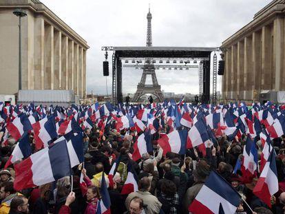 Manifestación en apoyo a Fillon en París, este domingo.