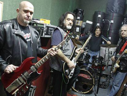 Ensayo del grupo Barón Rojo con su formación original, 20 años después de su separación, en 2010.