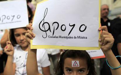 Protesta de alumnos y profesores de escuelas municipales de música.