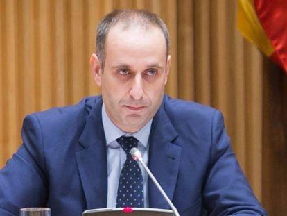 El presidente del FROB, Jaime Ponce, en la Comisión de Economía del Congreso.