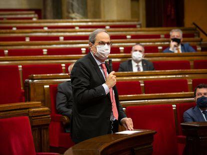 El presidente de la Generalitat, Quim Torra, durante la sesión de control en el pleno del Parlament.