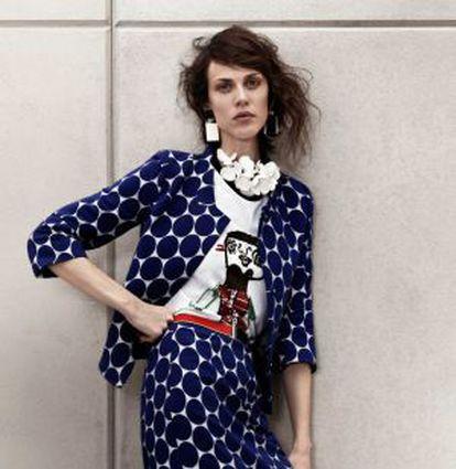La modelo francesa Aymeline Valade en la campaña de H&M.