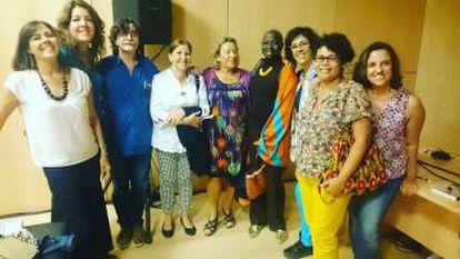 Integrantes del club de lectura de Casa África, en Las Palmas de Gran Canarias.