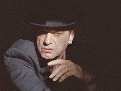 """Santiago Auserón  """"El reguetón, llevado a lo comercial, es basura sonora""""."""
