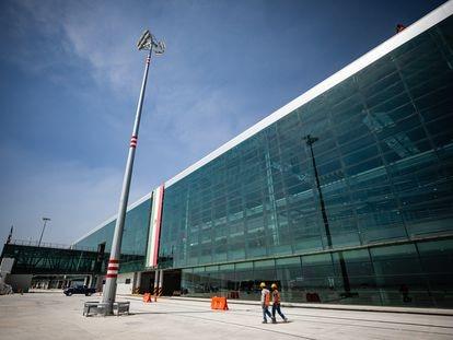 El exterior de la Terminal 1 del futuro Aeropuerto Internacional Felipe Ángeles.