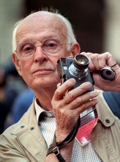 """Henri Cartier Bresson dijo que la leica era la """"prolongación"""" de sus ojos"""