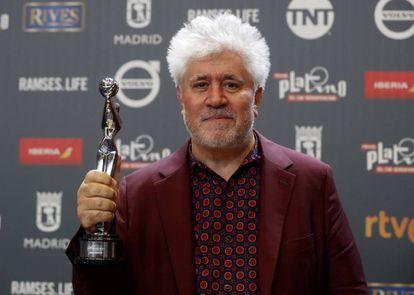 Pedro Almodóvar, con su Platino a la mejor dirección por 'Julieta'.