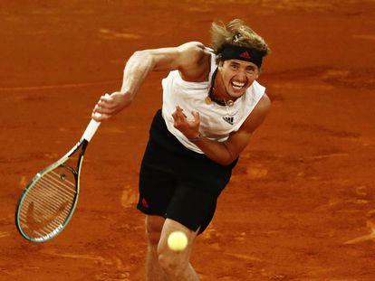 Alexander Zverev durante la final del Masters de Madrid ante Matteo Berrettini este domingo.