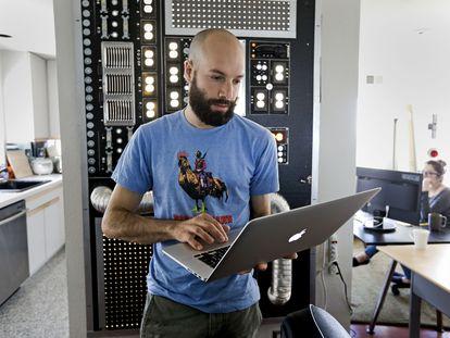 Jack Conte, fundador de Patreon, en las oficinas de la compañía en San Francisco.