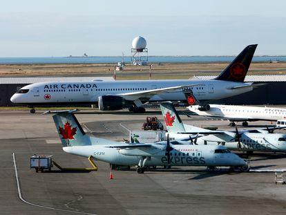 Aviones de Air Canada en el aeropuerto de Vancouver, en una imagen de archivo.
