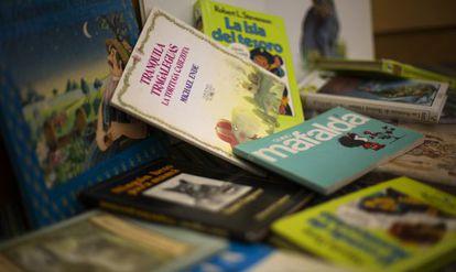 Nuevos títulos y colecciones revolucionaron la literatura infantil en los setenta y ochenta.
