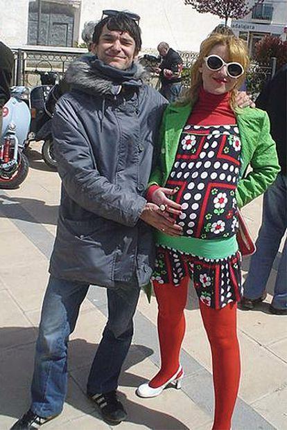 Pedro Díaz Ayala, de 34 años, actualiza cada día 'Pura Vida', su bitácora en imágenes, que es también la de Susie, su esposa.